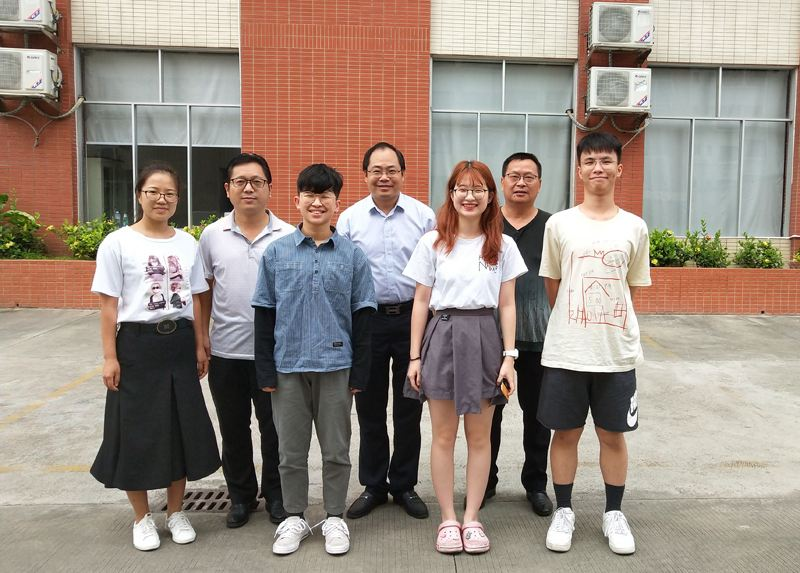 高中部领导赴广州看望艺考生备考